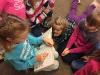 Märchen-Vorlesestunde der 3. Schuljahre für das 1. Schuljahr (1.12.17)_3